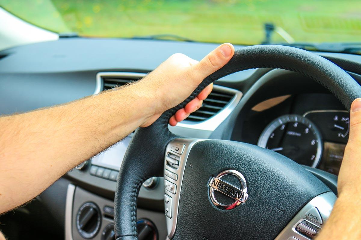 manual driving lessons sunshine coast
